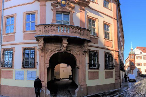 Eingang Kardinal-Döpfner-Platz